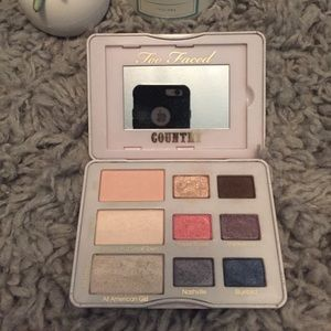 Too Faced Makeup - Too Faced Country Eyeshadow Pallette